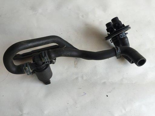 Pompa recirculare apa Audi A4 B8(8K) cod 4H0121671