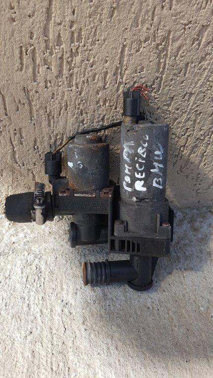 Pompa recirculare apa Bmw E46 Compact 2002 COD OEM : 8369807