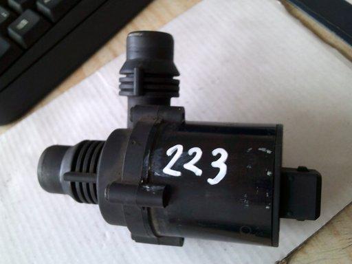 Pompa recirculare apa BMW Seria 5 E60 E61, 6917700