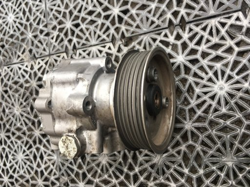 Pompa servo directie vw crafter 2.0tdi an 2013 cod 9064660501