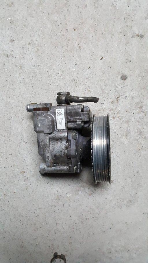 Pompa servodirectie bmw e60 177 cp cod 7652974109