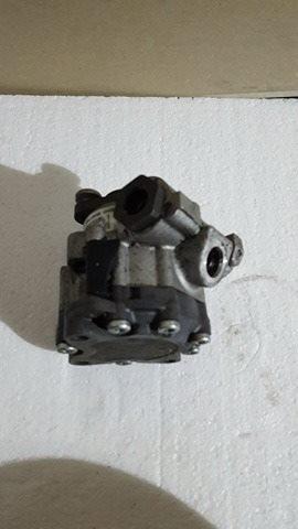 Pompa servodirectie BMW E60 2.0d