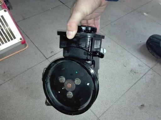 POMPA SERVODIRECTIE CU VAS BMW E46 2,0 D