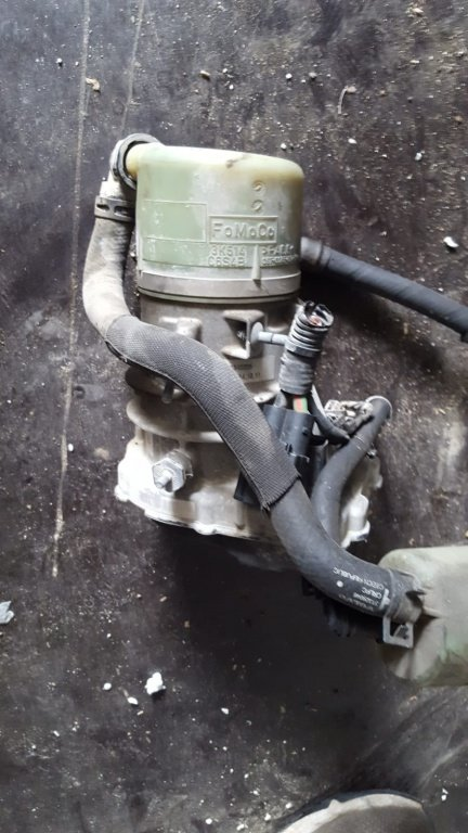 Pompa servodirectie electrica volvo xc 60 2,4 diesel fab.2011