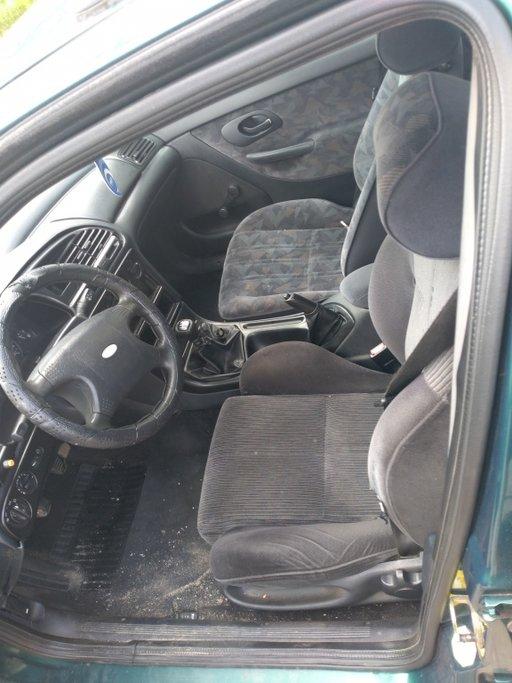 Pompa servodirectie Ford Mondeo 1995 break 1,8 i
