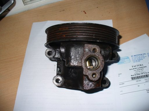 Pompa servodirectie FORD MONDEO 2001,1.8 benzina