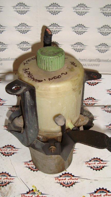 Pompa servodirectie TRW VW Polo 9N 1.2 motor AWY