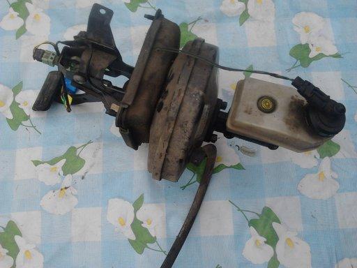 Pompa servofrana ,renault megane ,an 1997 ,1.6