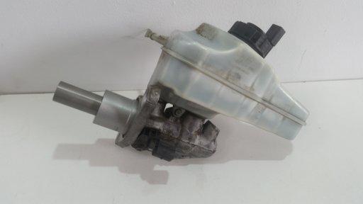 Pompa servofrana VW Passat B6 S TDI Automat 2007 2.0 Diesel