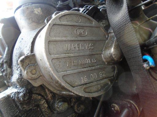 Pompa vacuum Mercedes Vito 2.2 CDI din 2000