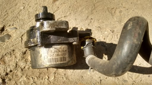 Pompa vacuum Opel Corsa C cod GM 73501167