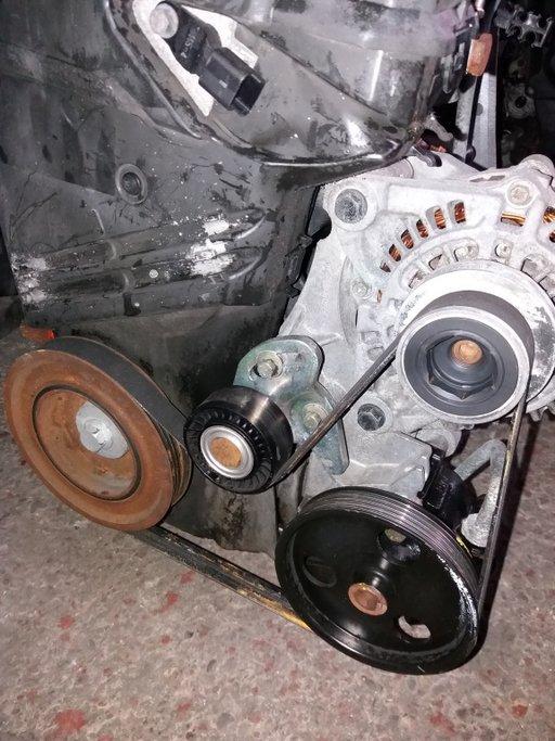 Pompa vacuum Pierburg pentru Dacia Logan motor 1,5dci cod 8200113585