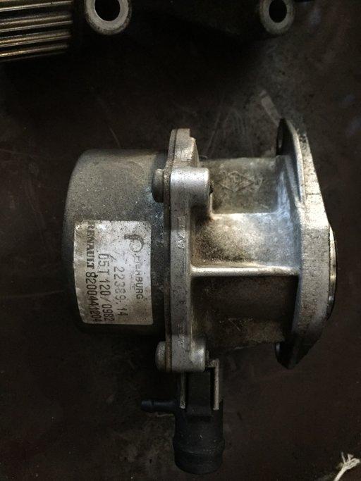 Pompa vacuum Renault 1.5 DCI cod 8200441204
