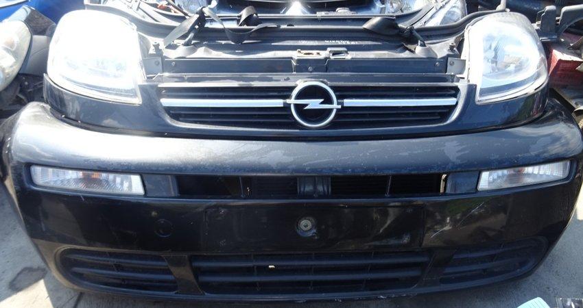 Accident frontal: ce piese auto schimbam la masina?