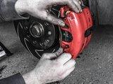 Frane auto: cum functioneaza si din ce este compus sistemul de franare al masinii