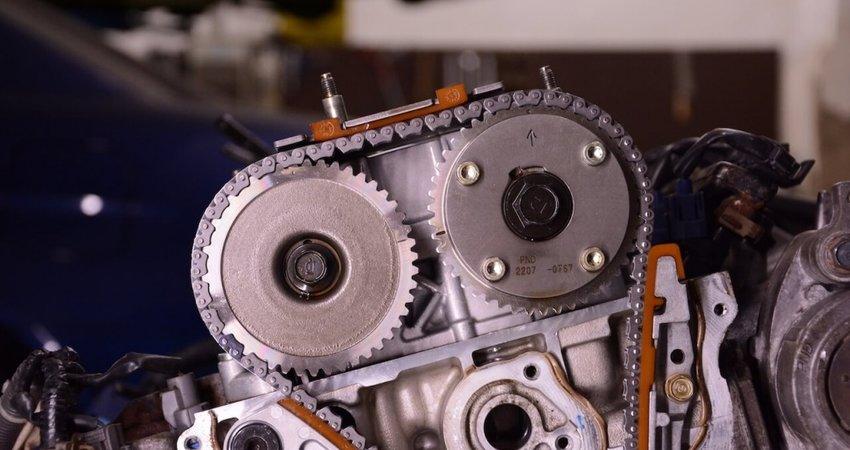 Avantajele si dezavantajele unei masini cu motor pe lant de distributie