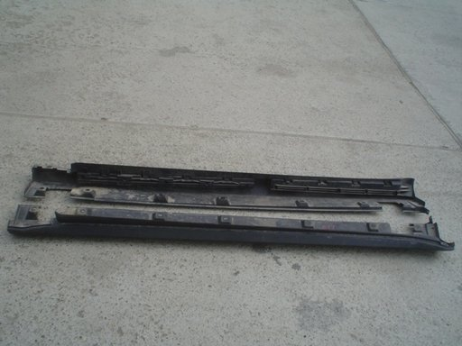 Praguri fata mercedes ML w164 2008 (a1646900870)