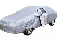 Prelata compatibila Volvo V50 combi/ break impermeabila, vatuita pe interior si cu fermoar usa sofer