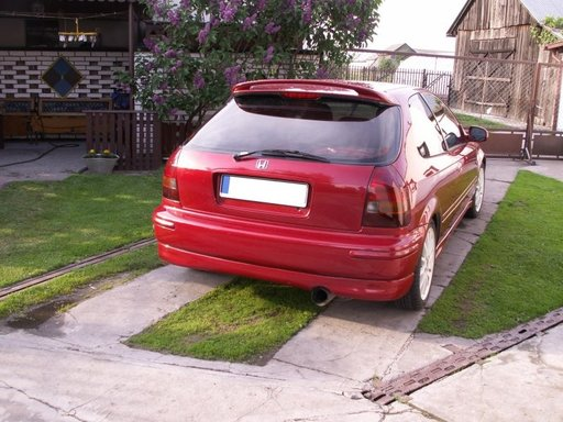 Prelungire adaos spoiler fusta bara spate Honda Civic 1996 2001