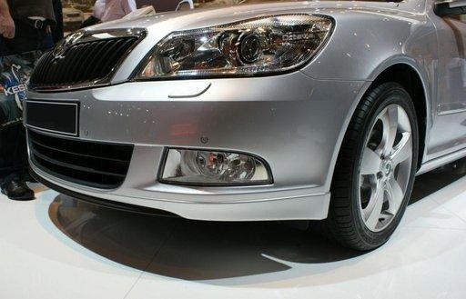 Prelungire fusta adaos spoiler bara fata Skoda Octavia 2 Facelift 2009