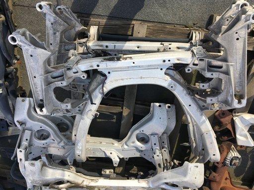 Punte fata , cadru motor BMW seria 5, E60-E61 , an 2004-2011