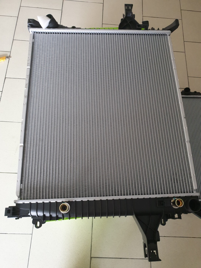 Radiator apa volvo xc90 2003-2014