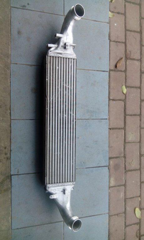 Radiator intercooler audi q5 3000 tdi an fabricatie 2013 cod 8r0145805a