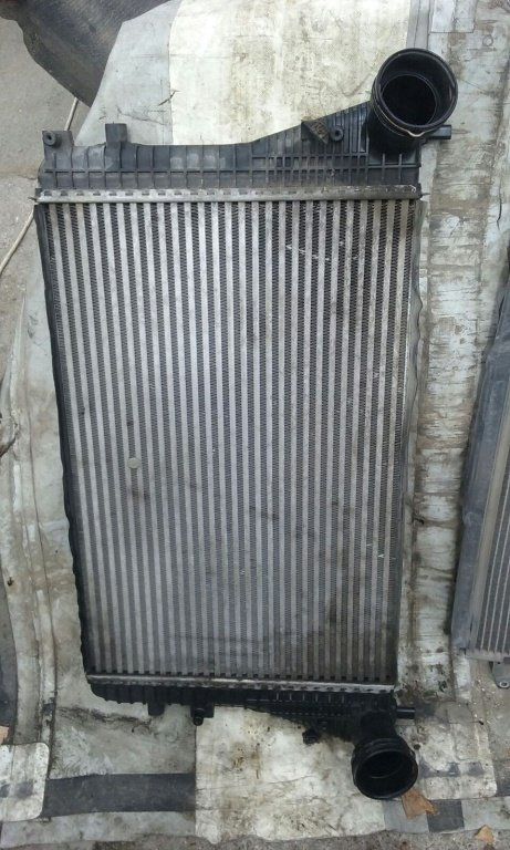 Radiator Intercooler VW Passat 1.9 TDI An 2006 ( B6 )