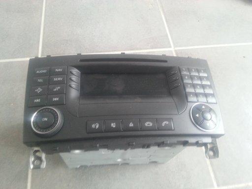 Radio CD cu navigatie Mercedes cod A2038701989 / A2038270062