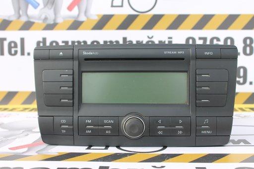 Radio-cd mp3 Skoda Octavia 2 cod 1Z0035161C
