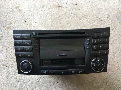 Radio CD Navigatie Mercedes E-Class A2118201079 A 211 820 10 79