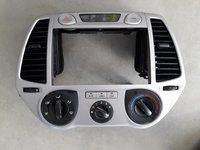 Rama adaptoare navigatie sau cd-player cu display mare Hyundai i20 2011