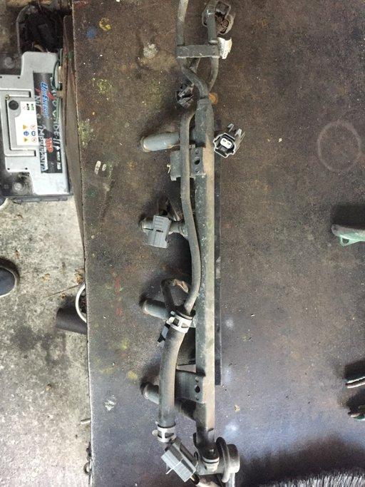 Rampa injectoare Fiat Barchetta 1.8 16V