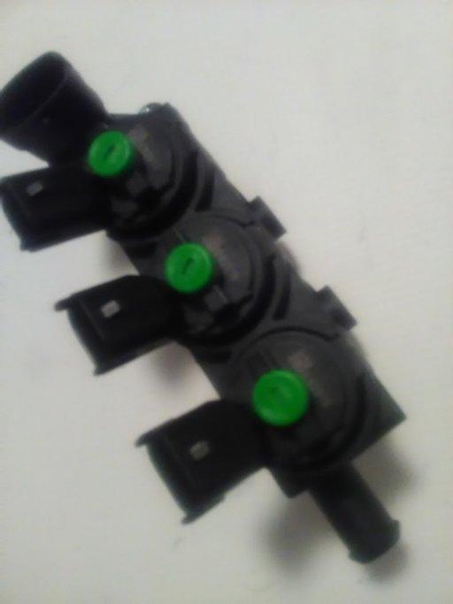 Rampa injectoare GPL completa (cap verde) 175231448R Produs nou și original Landi Renzo