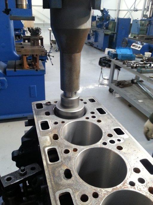 Reconditionam motor Mazda 6, tip motor RF5C/RF7J