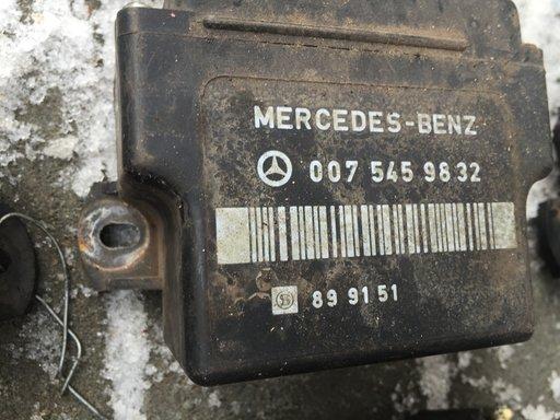 Releu bujii incandescente Mercedes Sprinter 2.3 cod 0075459832