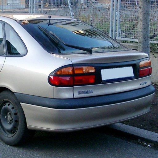 Renault laguna din 1998 2.2 dezmembrez
