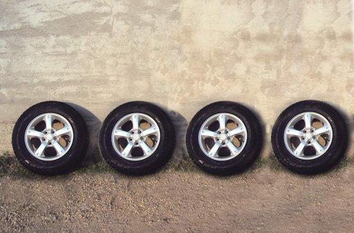 Roti Mazda Tribute, Ford Maverick jante aliaj / Pirelli 215 70 16