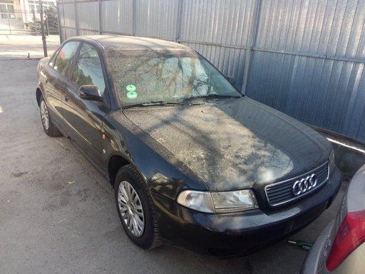 Se dezmembreaza Audi A4,motor 1.8 20 valve an 1997