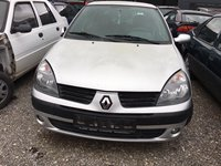 Se Dezmembreaza Renault Clio 2