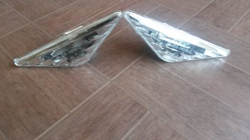 Semnal lucas transparent stanga dreapta Ford Focus