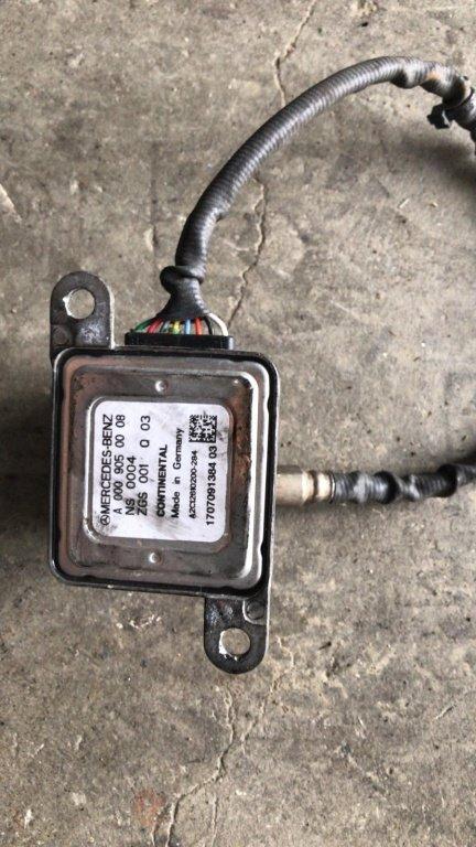 Senzor Nox Mercedes A0009050008