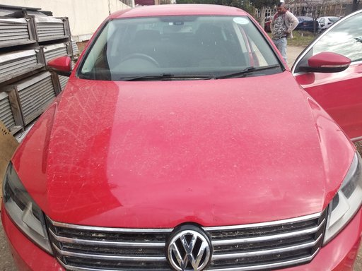 Senzor parcare fata VW Passat B7 2013 Berlina 2.0 tdi blue motion 170 cp