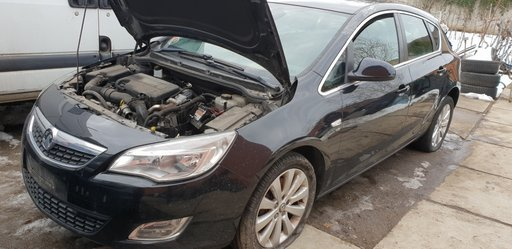 Senzor parcare spate Opel Astra J 2011 Hatchback 1.7 cdti