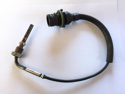 Senzor temperatura noxe Mercedes Axor II Actros A0061530628