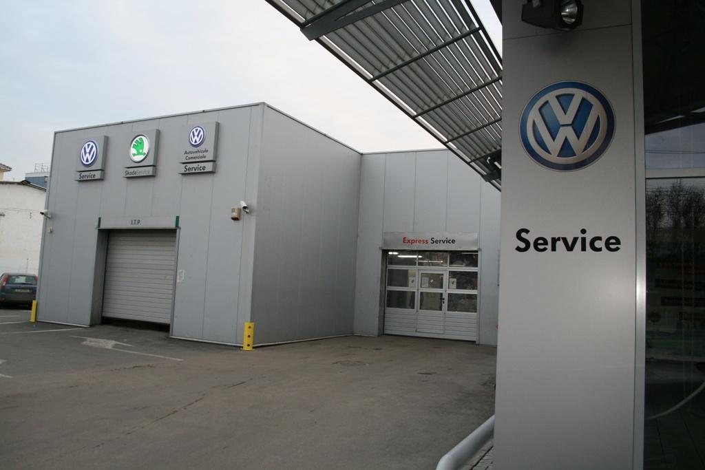 Service-Skoda-VW-Brady.jpg