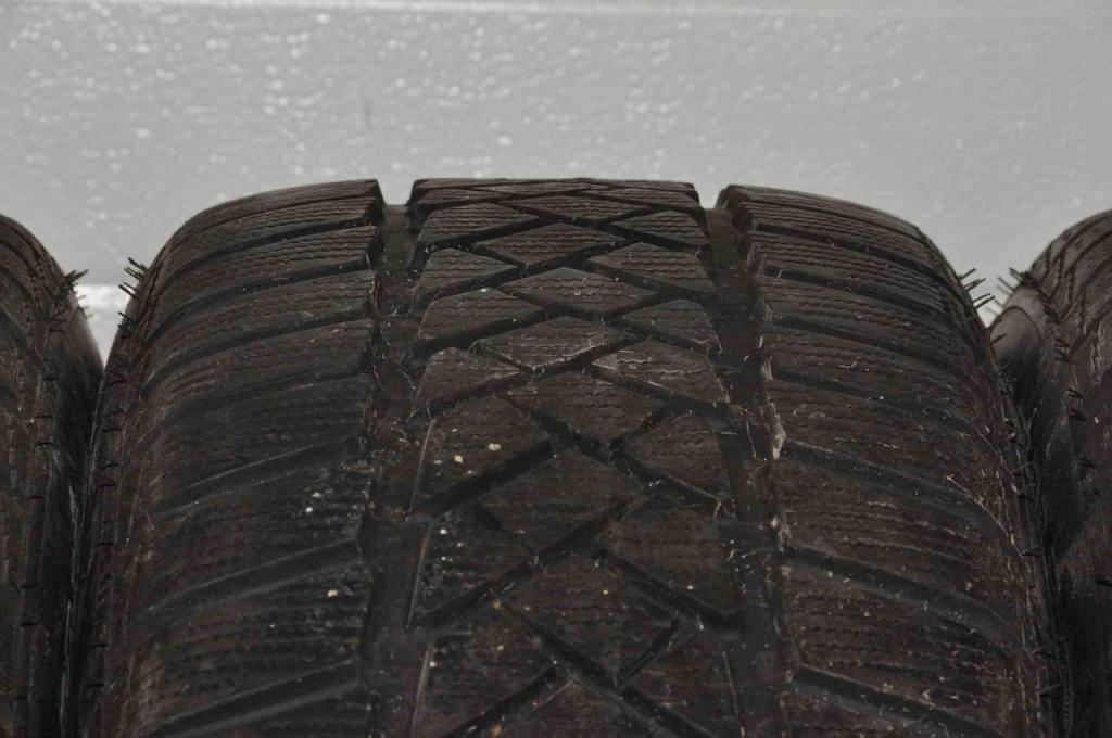 Set 4 anvelope Iarna 17 inch Dunlop WinterSport 235/55/R17