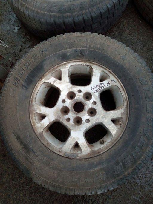 Set 8015 - Jante Jeep Cherokee, 245/75 R16 ,8Jx16 ET31, 5x114.3