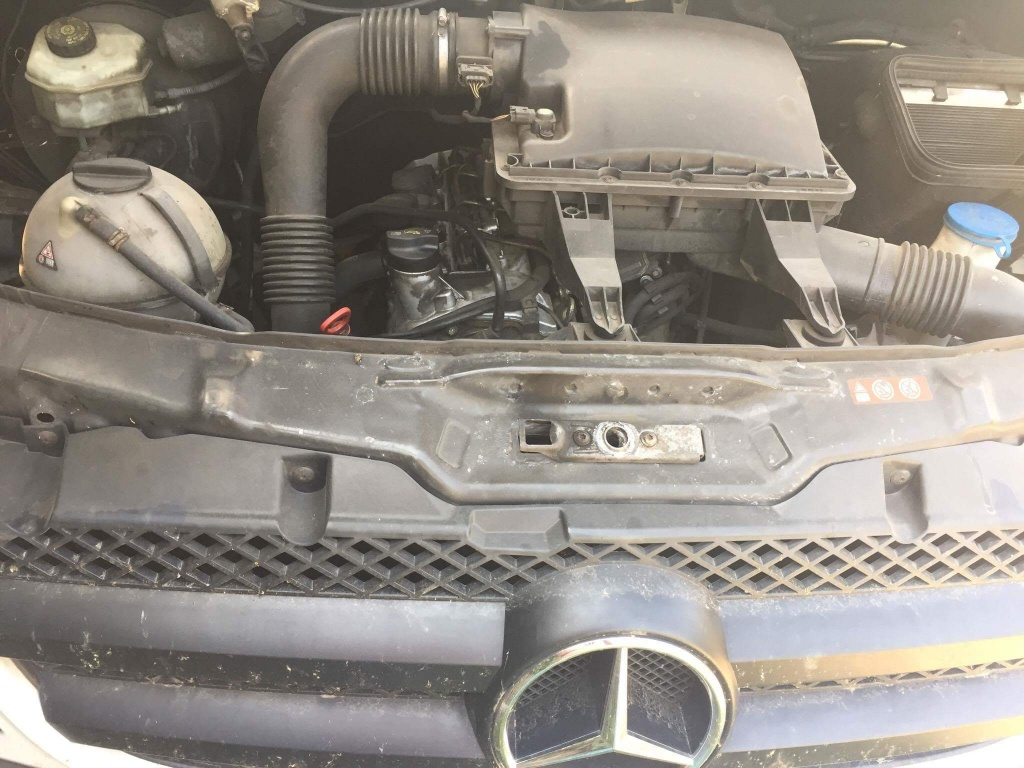 Set amortizoare fata Mercedes SPRINTER 2007 Duba 2200