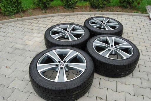 Set jante + anvelope vara Michelin 255 45 R 20 pentru Chrysler 300c